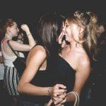 discoteca hangar conoscere ragazze fighe in versilia