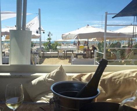 ostras beach ristorante sulla spiaggia