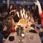 foto ostras beach compleanno in discoteca