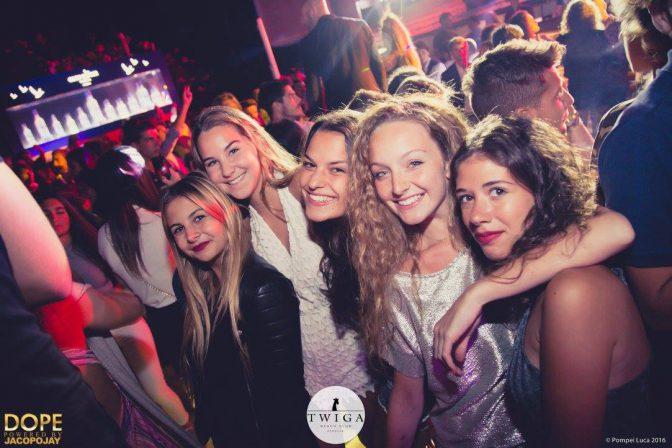ragazze dope night twiga