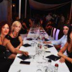 ristorante venerdi ostras beach