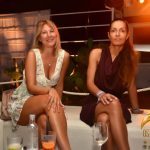 donne in versilia foto ostras beach