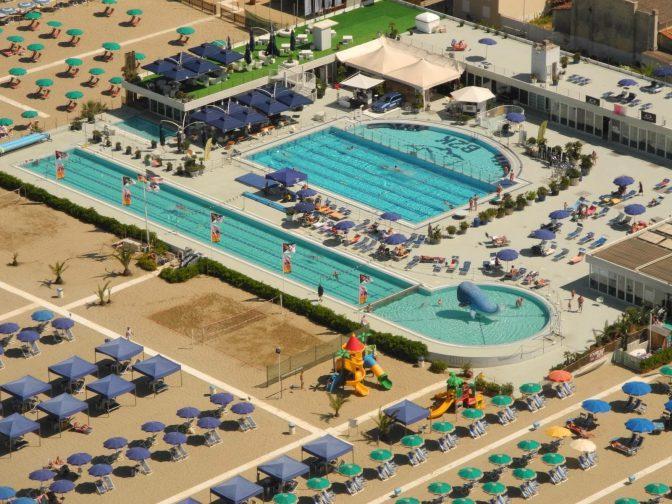 Bagno Balena Viareggio Palestra : Bagno balena viareggio pool party e non solo in versilia