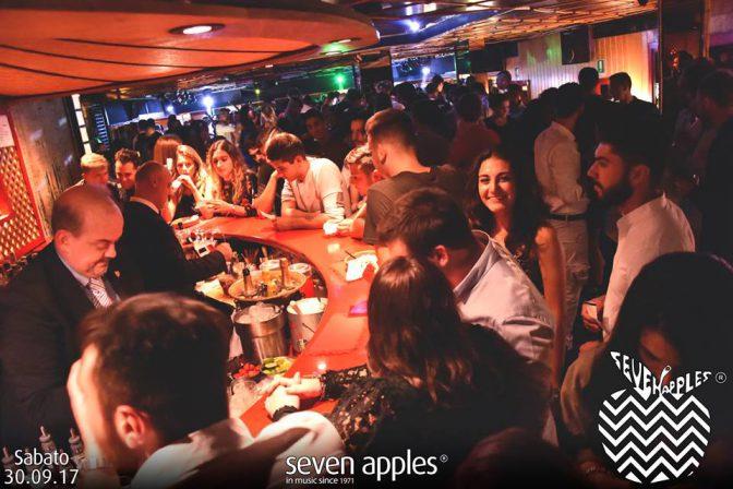 locali marina di pietrasanta sabato discoteca seven