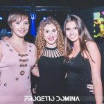 ragazze giovani discoteca pisa