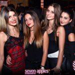 ragazze seven apples