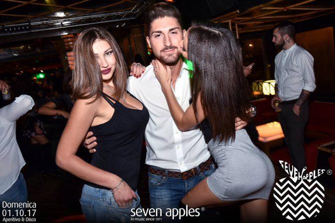 rimorchiare in discoteca domenica seven
