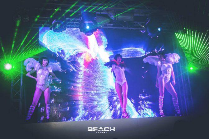 spettacolo capodanno beach club