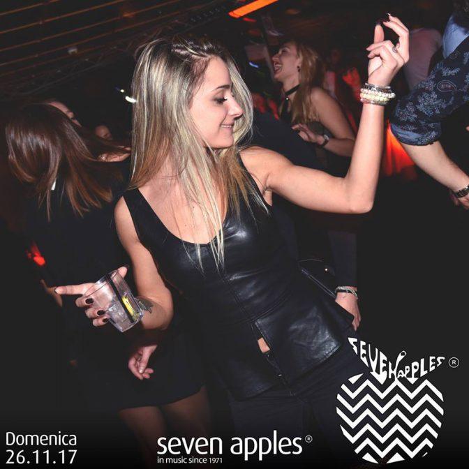 ragazza discoteca seven