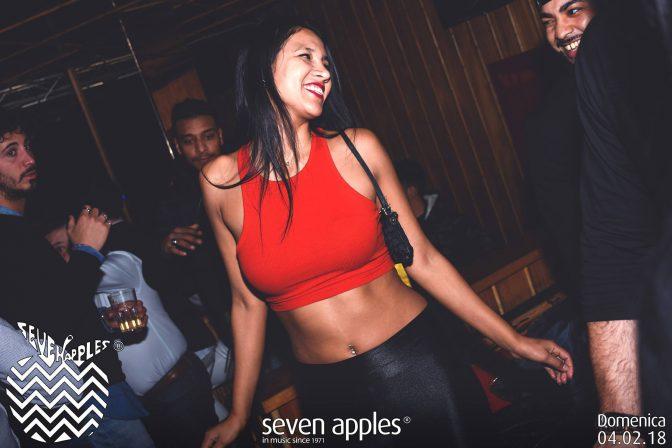 divertimento in versilia foto seven apples