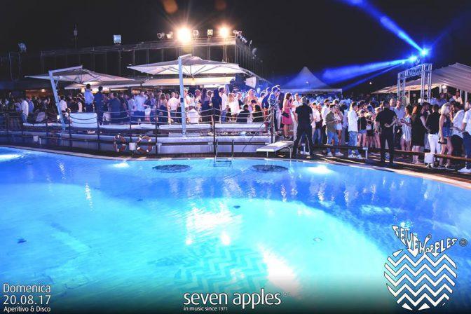 piscina domenica seven apples