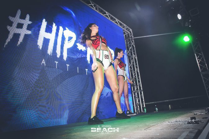 serata hip hop attitude beach