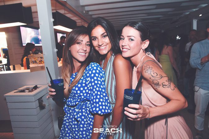 domenica foto beach club