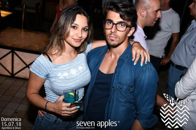 domenica foto discoteca seven