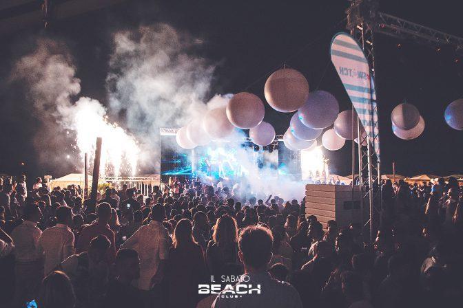 sabato sera ibiza discoteca beach