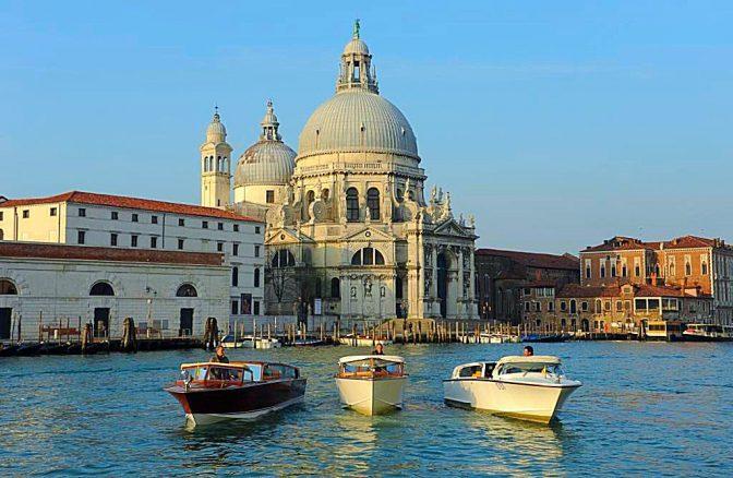 muoversi a venezia water taxi