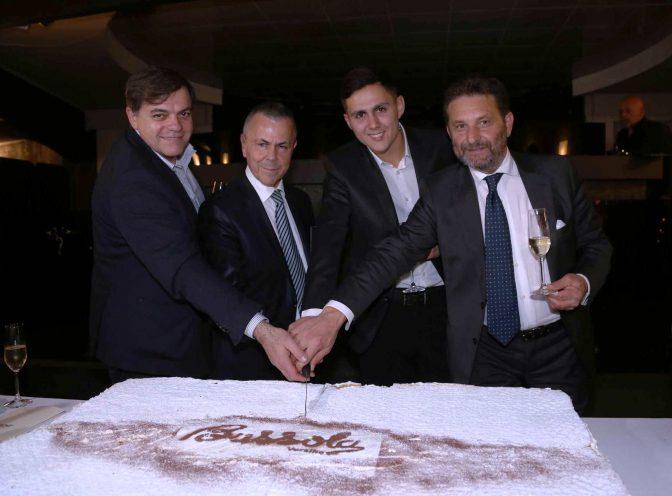 taglio della torta la bussola di focette sindaco Giovannetti, Giuliano Angeli, Lorenzo Angeli e Mimmo d'Urso